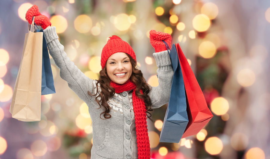 happy_holiday_customer.jpg